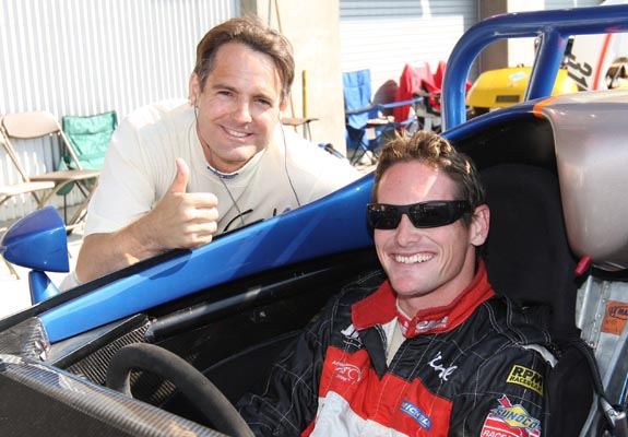 Mark Hotchkis (L) poses with Gunnar Jeanette before their 10-lap race at the 2009 Historics. (© GrandTouringPrototype.com)